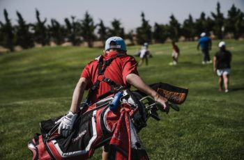Top 10 Lightest Golf Carry Bag Reviews 2021